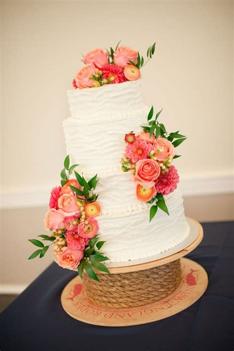 real wedding flowers 32 wedding ideas with ranunculus