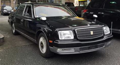 Toyota Century For Sale Carscoops Toyota Century Posts