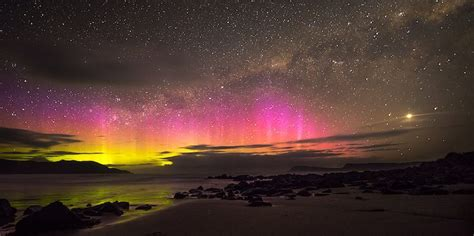 southern lights southern lights in new zealand in beautiful pictures