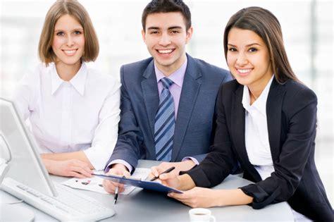 sales associate description duties and salary