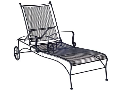 Black Wrought Iron Patio Chaise Lounge by Woodard Bradford Mesh Wrought Iron Lounge Set Bradlngeset