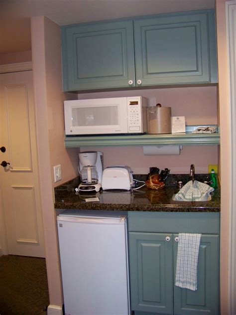 kitchenette ideas ssr studio kitchenette disney s saratoga springs resort