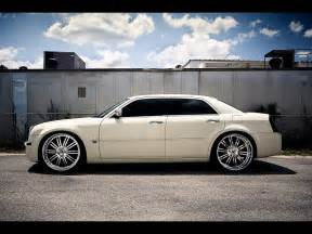 Pictures Of Chrysler 300 With Rims One Day