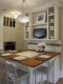 Small Eat In Kitchen Designs Colonial Kitchen Houzz