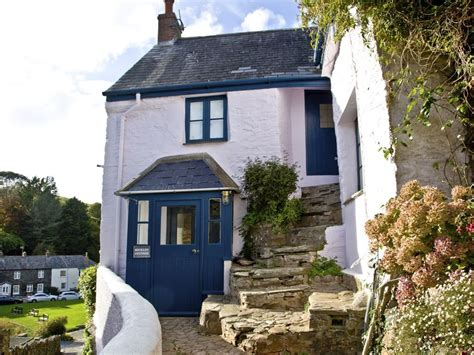 Salcombe Cottages To Rent by Stunning Estuary House In Salcombe Homeaway Salcombe