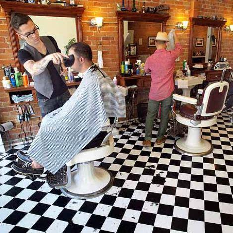 las peluquerias son el taller de trabajo  creatividad de los estilistas  peluqueros