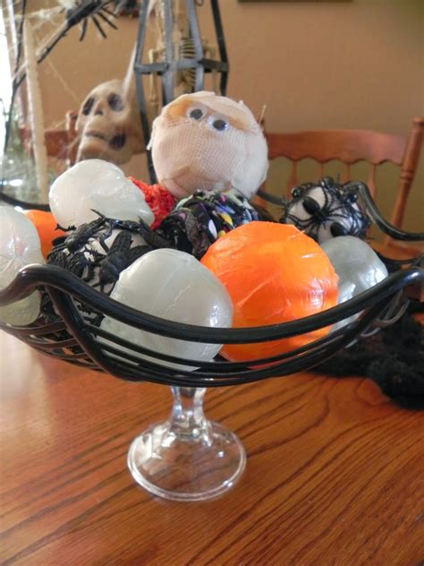 halloween decorative balls the messy roost diy halloween decorative balls