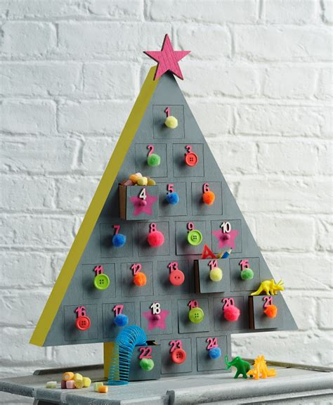 craft uk painted tree advent calendar project hobbycraft