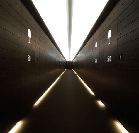 hotel armani shockblast armani hotel dubai hotel room hallway 1