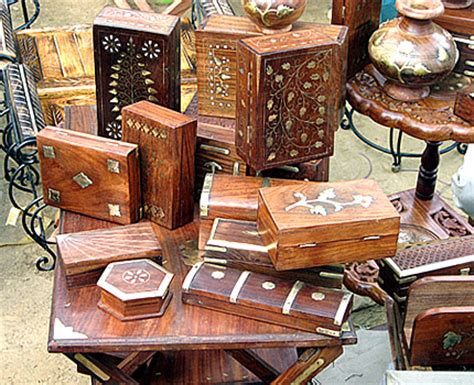 India Handcrafts - shopping in india 7 things to buy in india for your
