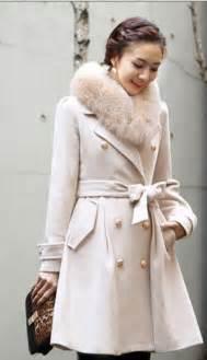 Women winter coat with fur colloar