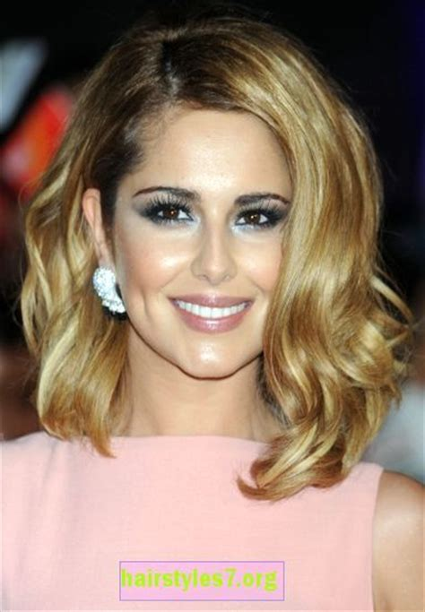 thick blonde hair styles tucked behind ears 2013 medium length blonde hairstyles tucked behind the