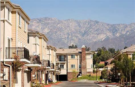 Sycamore Villas Luxury Townhomes Rentals Rancho Luxury Homes In Rancho Cucamonga