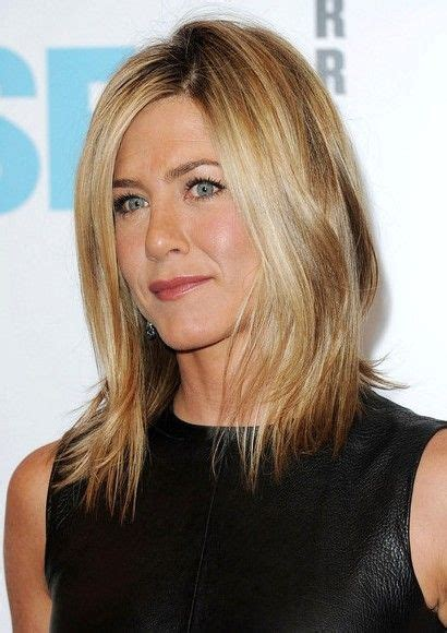 medium haircuts aniston aniston hairstyles pictures of aniston haircuts shoulder length and