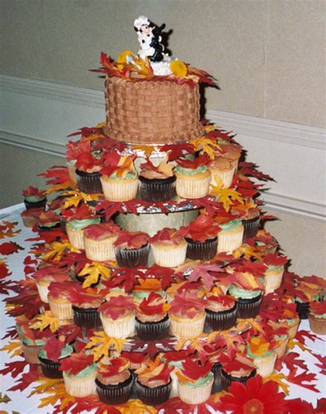 fall decorated cupcakes exclusive fall cupcake wedding cakes