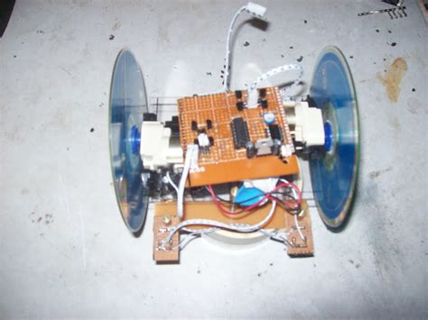 membuat robot line follower sederhana analog just ie belajar robotika di momotronic my robotic world robot