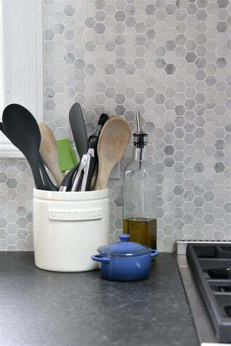 Pictures Of Tile Backsplashes In Kitchens best 25 dark granite ideas on pinterest dark granite