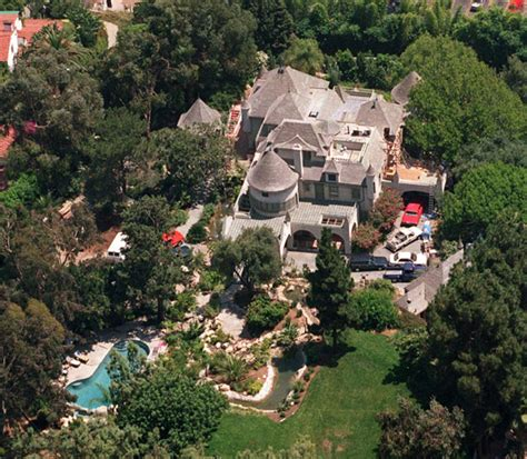 johnny depp house johnny depp giving vanessa paradis 163 100 million payout