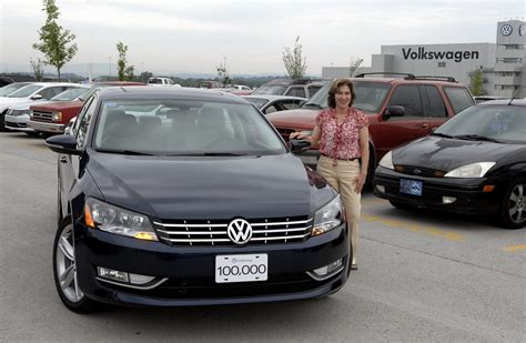 volkswagen chattanooga new car design volkswagen chattanooga builds 100 000th passat