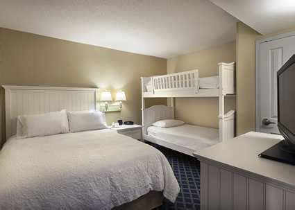 myrtle beach 2 bedroom suites oceanfront oceanfront hotels myrtle beach sc hton inn oceanfront