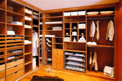 Custom Walk In Closets Walk In Closets Custom Closets Metro Door Brickell