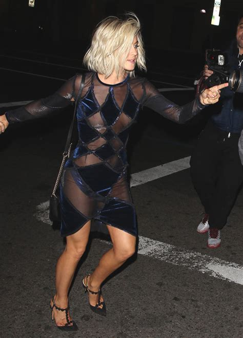 Julianne Hough Wardrobe Malfunction Pictures julianne hough suffers embarrassing wardrobe malfunction after with the finale