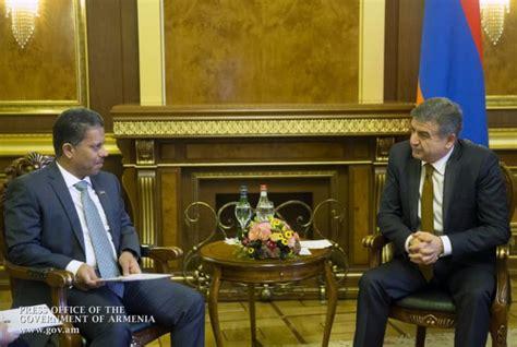 emirates yerevan armenian pm receives ambassador of united arab emirates