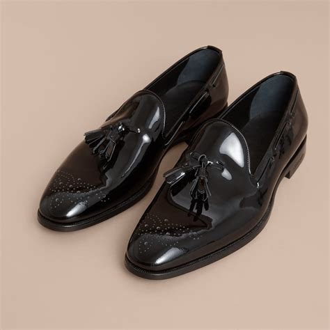 Sepatu Loafers Burberry 1 tasselled patent leather loafers in black burberry singapore