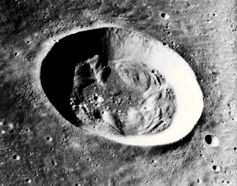 imagenes ocultas de la luna sobre la luna y sus misterios sociedad paranormal