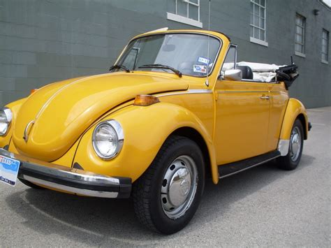 volkswagen bug yellow volkswagen beetle yellow