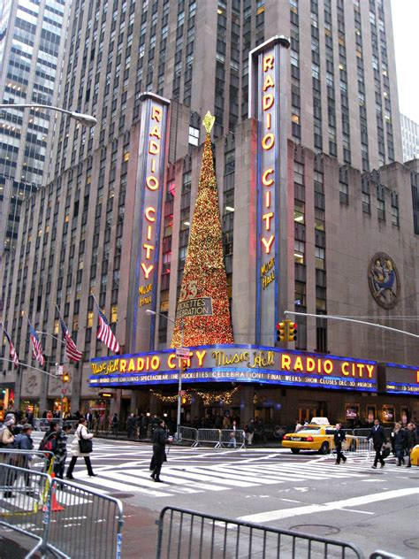 new york lighting new york ny christmas in new york city the wandering weekenders