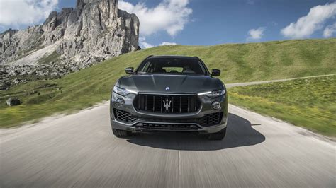 luxury maserati 2018 maserati levante luxury suv maserati usa