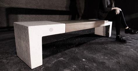 panchina in cemento panchina in cemento con inserto seduta in legno per arredo