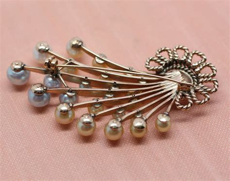 14k gold colored pearl spray brooch pippin