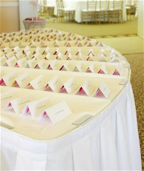 place card ideas for wedding reception take your place check out these ideas for diy wedding