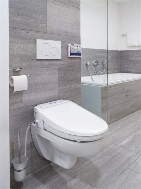 Wc Bidet Aufsatz by Toilettensitzerh 246 Hungen Und Bidet Invacare Germany