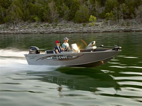 lowes island sc 2014 lowe fm165 pro sc buyers guide us boat test