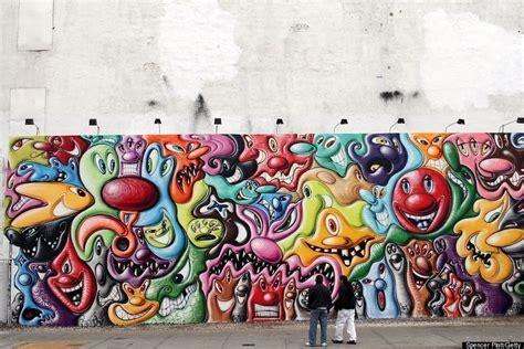 kenny scharfs houston street mural    huffpost