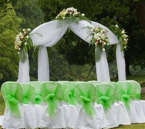 Wedding Arch Already Decorated by Bridal Arches Slideshow