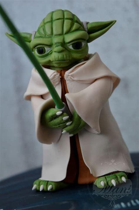 Best 25 Yoda Cake Ideas On Pinterest Star Wars Birthday Cake Star Wars Cake And Star Wars Yoda Cake Template