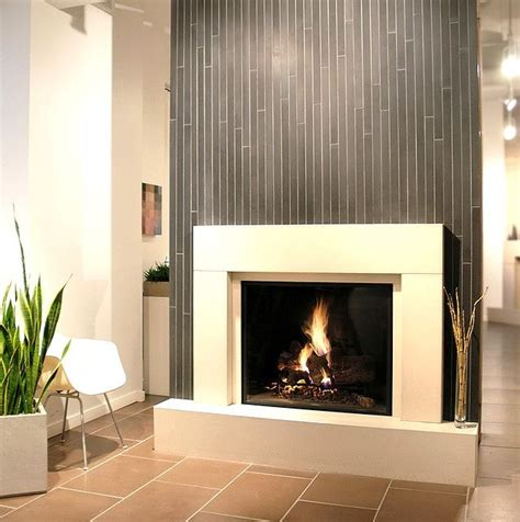 Tiling Around Fireplace by 1000 Ideas About Tile Around Fireplace On