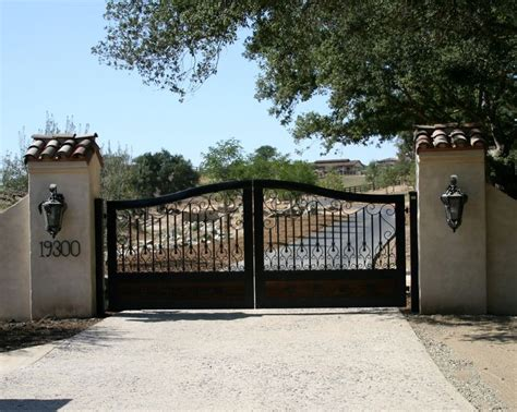 best 25 wrought iron driveway gates ideas on