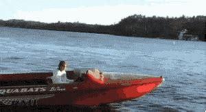 crash boat gif boat crash gifs search find make share gfycat gifs