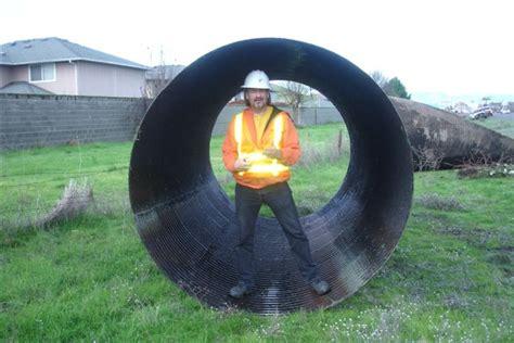 Plastik 5meter file culvert pipe 8242090899 jpg wikimedia commons