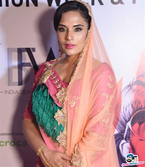 richa chadda pakistan india beach fashion week richa chadda picture 354327