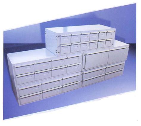 cassettiere metalliche cassettiere e contenitori in metallo