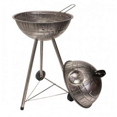 feuerstelle todesstern kaufen grillen mit dem todesstern das grillt