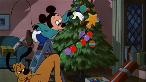 pluto s christmas tree mickey mouse and friends disney