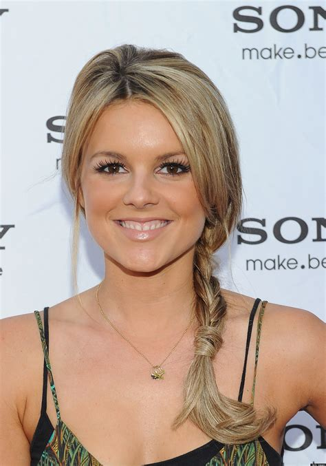 ali fedotowsky new haircut ali fedotowsky is dating kevin manno huffpost