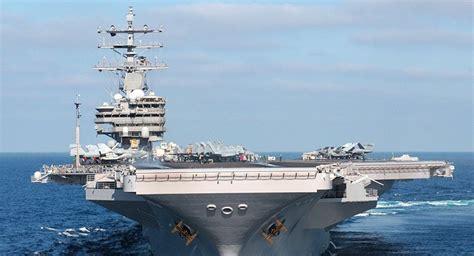 portaerei usa portaerei usa rimane bloccata in base militare giapponese